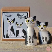 Salt and Pepper Shakers - Black and White Cat Design